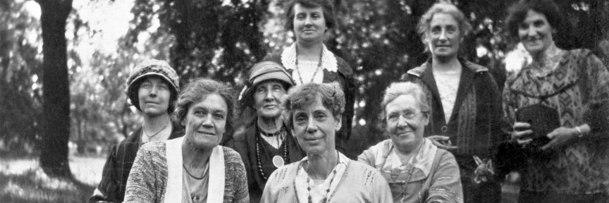 Martha Root with other women