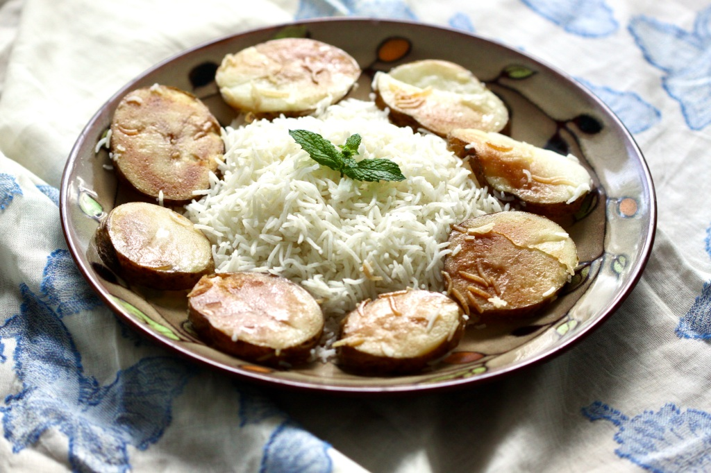 Rice with fried potatoes